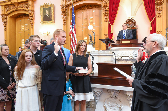 Speaker Smith Sworn in with family present